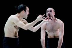 18_CieMarieChouinard_SolosetDuos_DancersSebastienCossette-Masse_SachaOuellette-Deguire(c)Sylvie-AnnPare_02